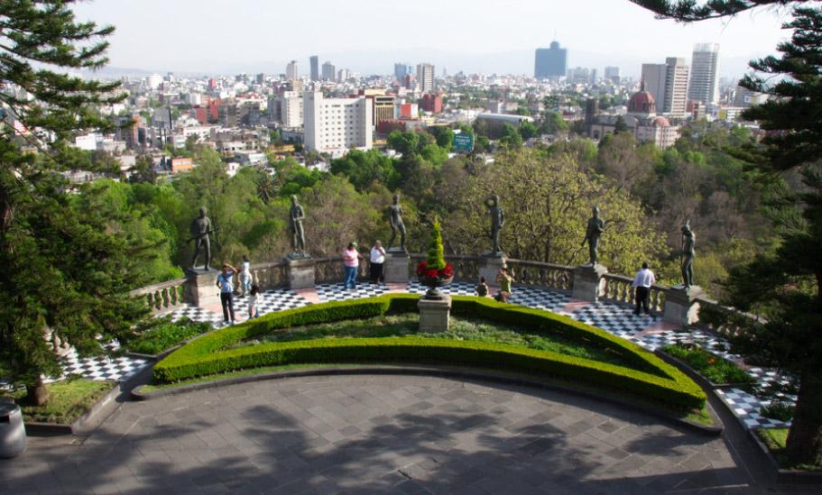 art-02-Lomas-de-Chapultepec