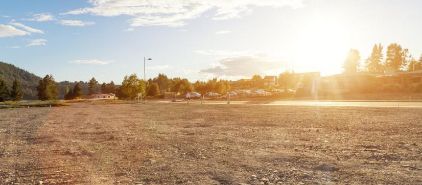 art-02-Suelen-estar-construidas-en-terrenos-amplios